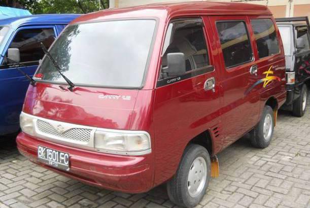 Mobil Minibus Bekas 2003