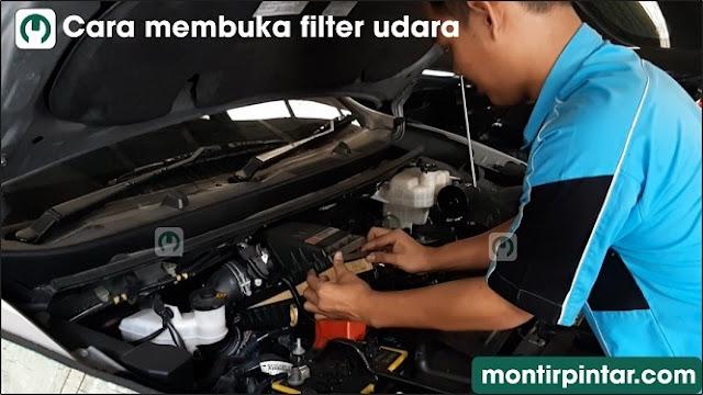 cara mengganti filter udara