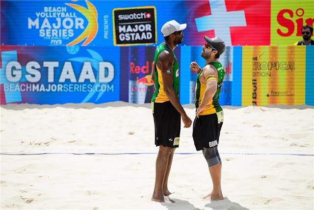 Evandro e Bruno Schmidt na etapa cinco estrelas de Gstaad (SWI) do Circuito Mundial de vôlei de praia em 2019