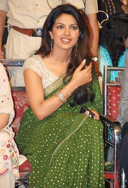 Priyanka Chopra Na Sexy Photo