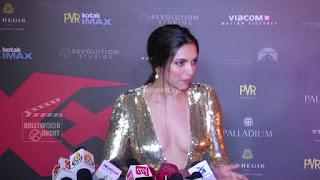 Deepika Padukone Promoting   Return of Xander Cage in India in Golde Gown 43 .xyz.jpg