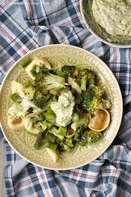 Gemüse-Tortelloni vom Blech | Ofenrezepte | Kochen | Essen | Spargel | Weight Watchers
