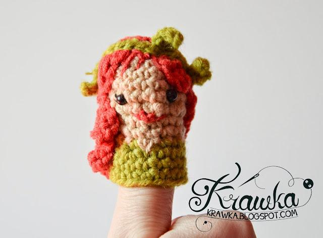 Krawka:Set of finger puppets villains -Catwoman,Poison Ivy, Joker, Penguin, Riddler with free crochet pattern