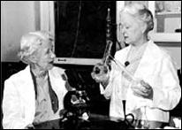Rachel Fuller Brown y Elizabeth Lee Hazen