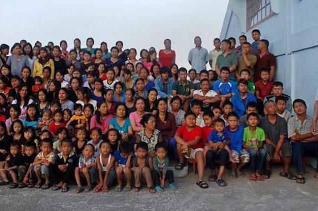 Cuộc sống bên trong căn nhà 100 phòng của cụ ông lấy 39 vợ, một gia đình lớn nhất thế giới
