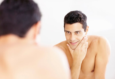 These easy and home remedies will take care of men's skin in monsoon