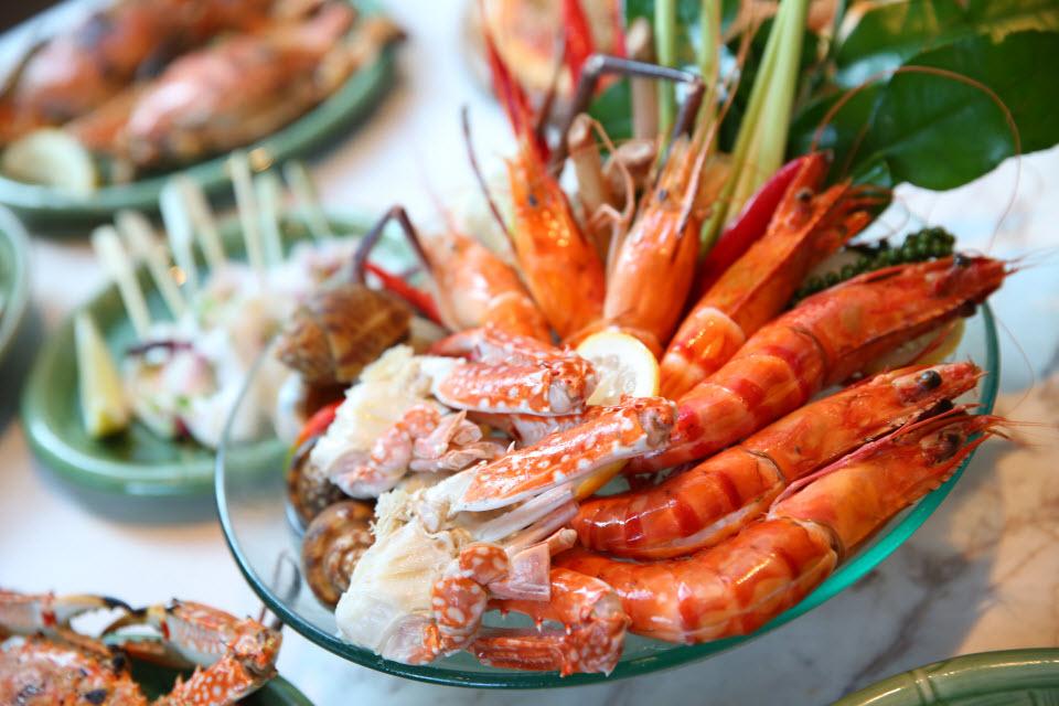 BoxKao: ENJOY A SUMPTUOUS FRESH THAI SEAFOOD BUFFET DINNER ...