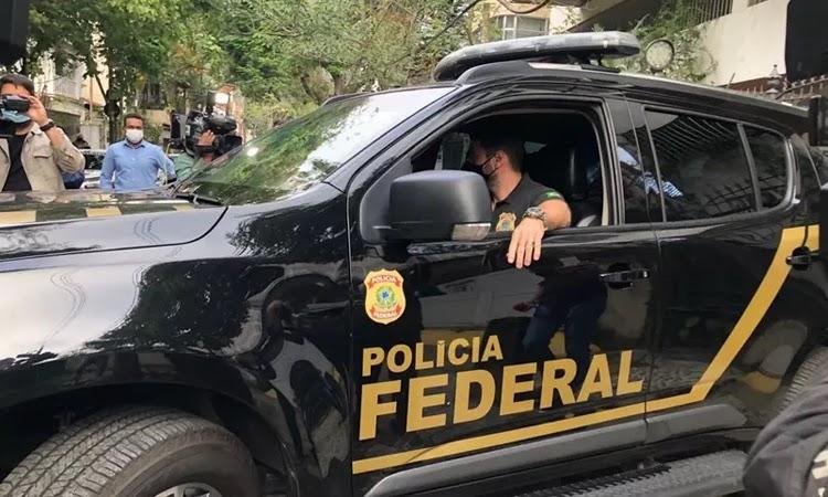 Sérgio Reis e deputado Otoni de Paula são alvos de operação da PF