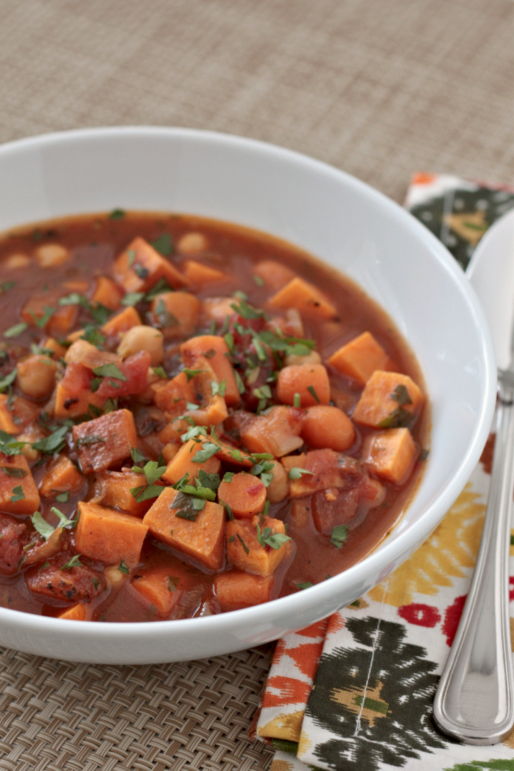 spicy sweet potato chickpea stew