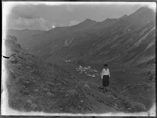 südöstlich von Obergurgl, über den Ort hinweg, mit Blick auf den Kirchenkoge - wahrscheinlich vor 1930