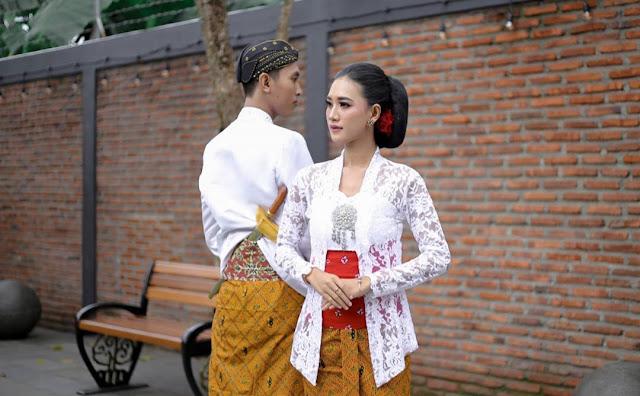 Foto Prewedding di Kampung Kuliner Kroya