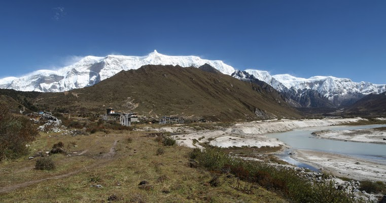 Make Your Trip Complete With Trelling At Laya Gasa Trek