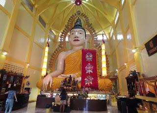 Barrio Indio o Little India, Singapur. Sakya Muni Buddha Gaya Temple o Templo de las 1.000 Luces.