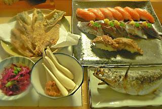 アジ 塩焼きに 唐揚げに 寿司