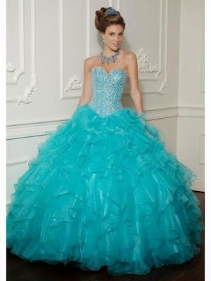 modelo de vestido de 15 anos azul