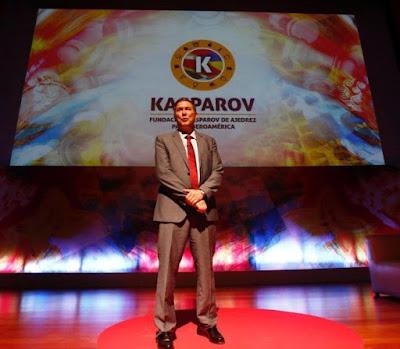 https://kasparovfundacionajedrez.com/es/seminario.html