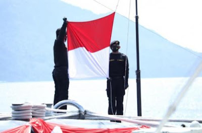 Panglima TNI Lantik Kapal Selam Negara KRI Alugoro 405 ZtNaN77N3u Panglima TNI Lantik Kapal Selam Tingkat Lanjut Untuk Anak KRI Alugoro-405