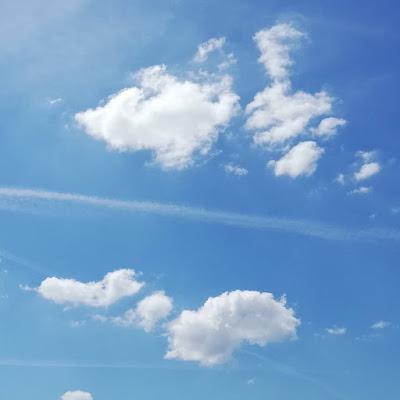 Voetstappen in de wolkenhemel