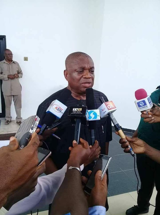 """This scammer is out again"" ...Nigerians react to Orji Uzor Kalu's interview"