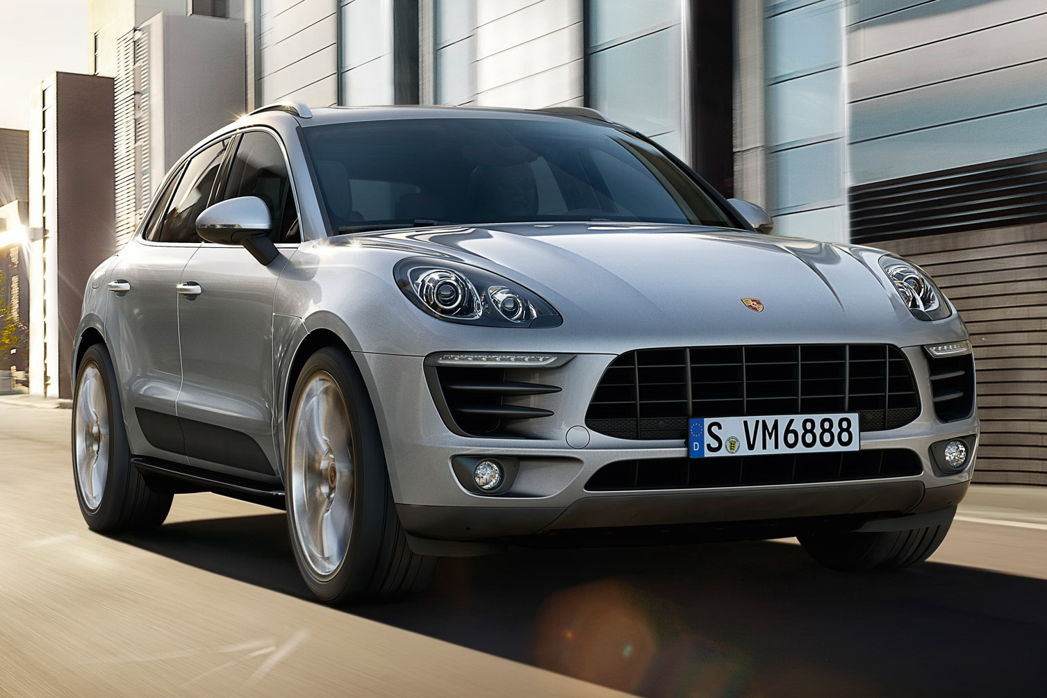 zotye brushes off porsche will debut sr8 macan copy at china auto show carscoops. Black Bedroom Furniture Sets. Home Design Ideas