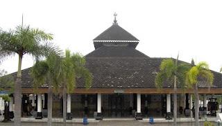 Pengaruh Budaya Islam di Indonesia