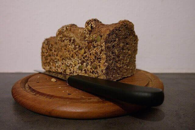 3 وصفات منزلية لخبز الحبوب الكاملة