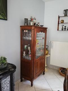 vieille-vitrine--argentier-a-relooker