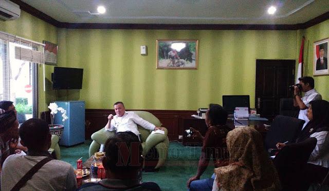 LSM Kapak melakukan audensi dengan Plt Bupati dr. Buntaran