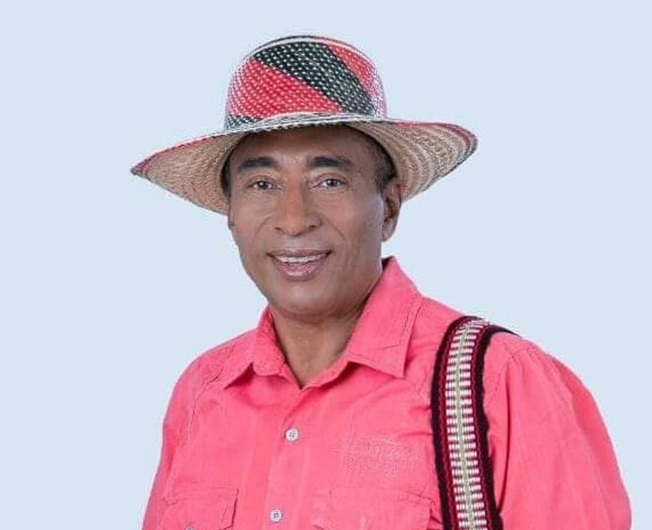 https://www.notasrosas.com/Romualdo Brito: Vida, Obra y Éxitos