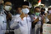 Forum RT/RW Jakarta Barat Serahkan Bantuan Pada Korban Kebakaran di Jembatan Besi
