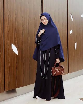 Melody Primapamer jilbab manis dan seksi