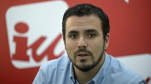 Alberto Garzón advierte a Sánchez de que no apoyará un acuerdo PSOE-Ciudadanos