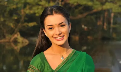 Amy Jackson - I Manoharudu (2015) Telugu Movie - Movierulz Plz
