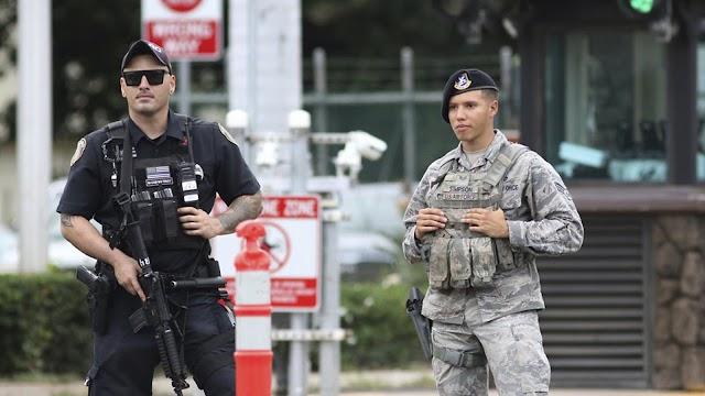 #Shooting at #Hawaii : Sailor fatally shoots 2 civilians at Pearl Harbor Naval Shipyard before turning gun on himself