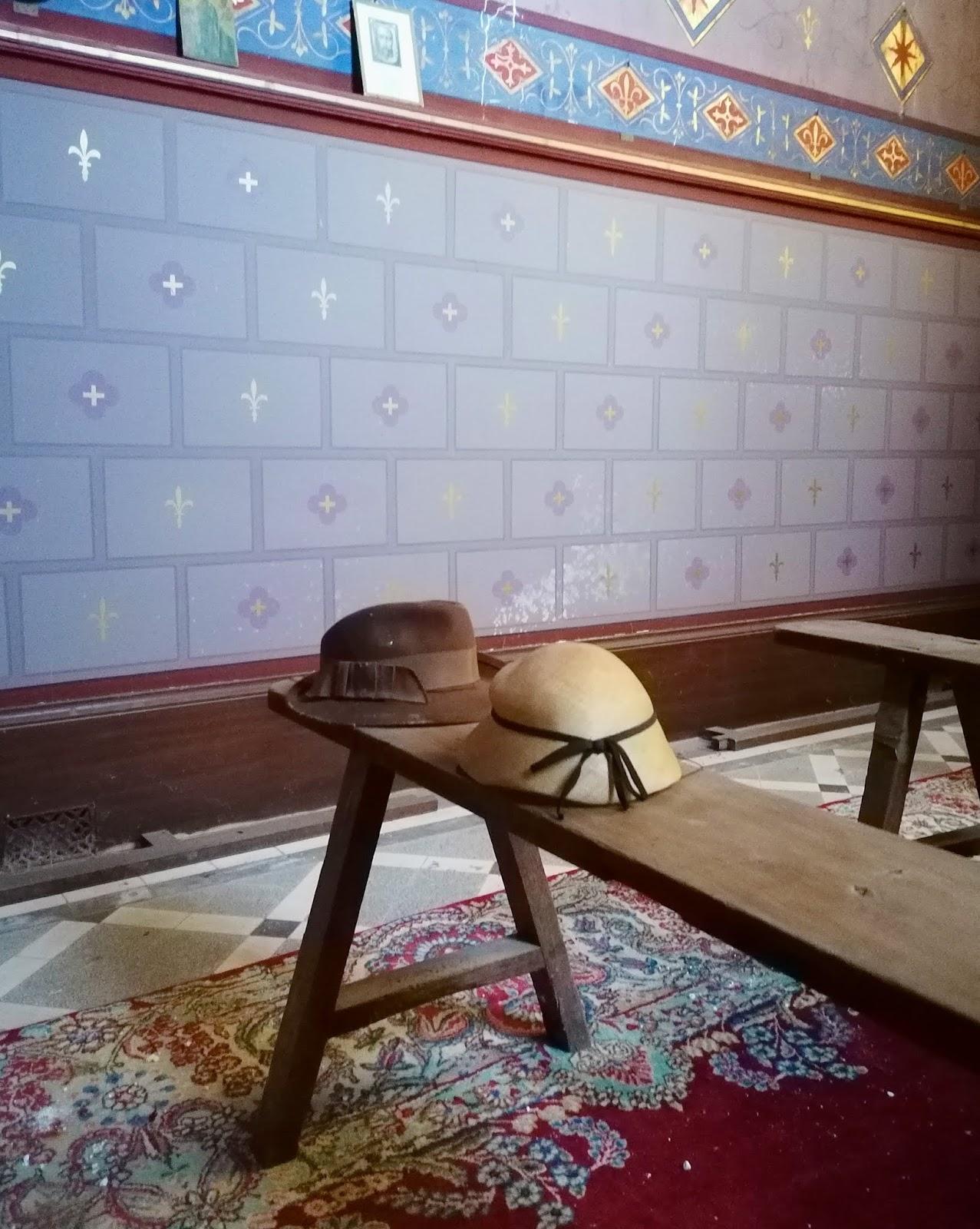 chapeaux - chapelle