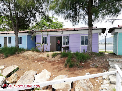 Warna Warni Chalet Rockbund Fishing Chalet