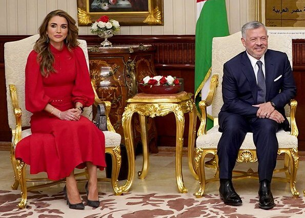 Queen Rania wore ANDREW GN belted crepe midi dress and Dior pumps. President Abdel Fattah El Sisi and Entissar Amer