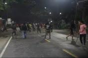 Tawuran Antar Pemuda di Medan Kembali Pecah, Pelaku Saling Lempar Batu, Botol Kaca dan Petasan