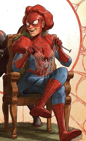 La Tía May convertida en Spiderman