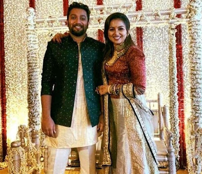 actress Mridula Murali engagement photos