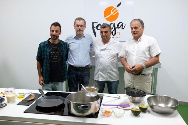 Fuerteventura.- Feaga 2019 : Sopa de trigo con royal de leche de cabra protagoniza demostración culinaria del chef italiano Simone Paglia