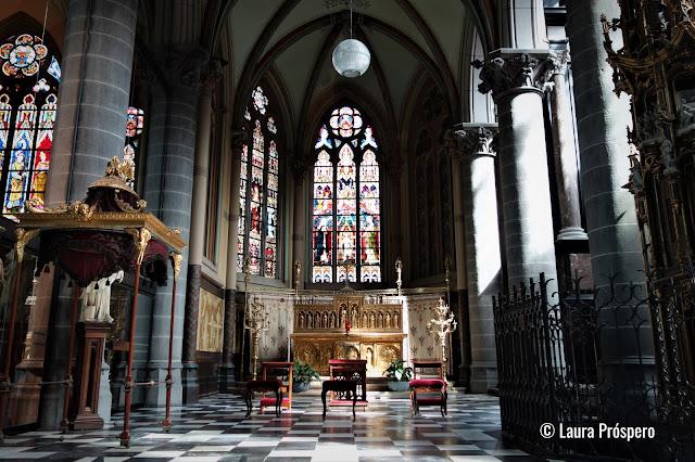 Igreja de São Martinho (Sint-Maartenskerk), Kortrijk