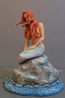 statuetta fantasy sirena ragazza capelli rossi cake topper tema mare orme magiche