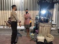 Patroli Dialogis, Polsek Ngampilan Beri Imbauan Kamtibmas dan Prokes ke PKL