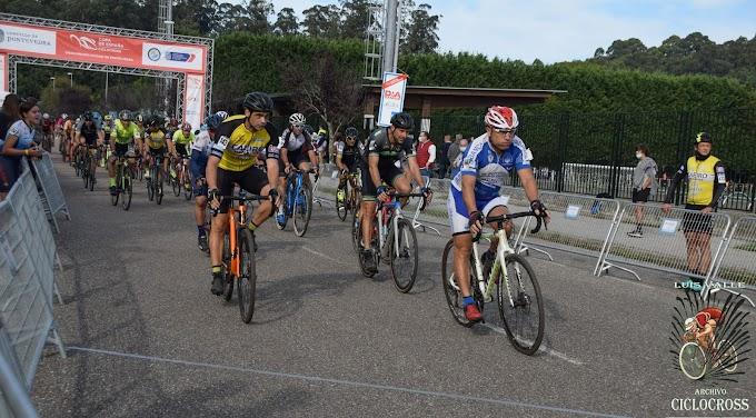Las fotos de la Copa de España de Ciclocross de Pontevedra 2021 (Salida Másters) - Fotos Luis Valle