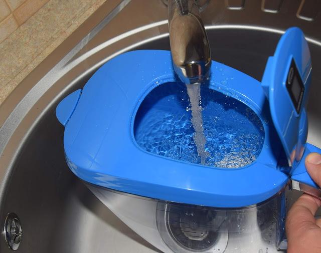 zalety stosowania dzbankow do filtrowania wody