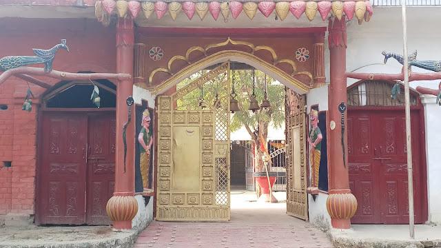 उत्तर प्रदेश में 8 जून से खुलेंगे मंदिर, मास्क पहनने वालों को मिलेगी एंट्री