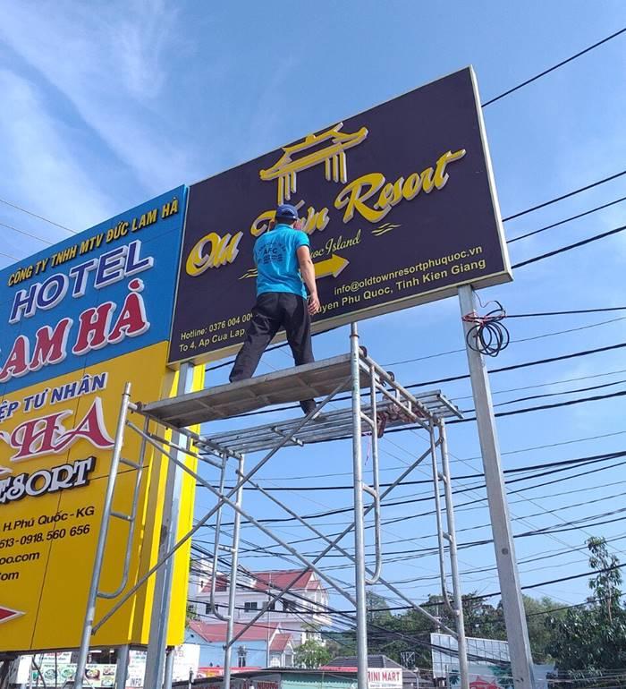 Làm bảng hiệu Mica đèn Led tại Phú Quốc