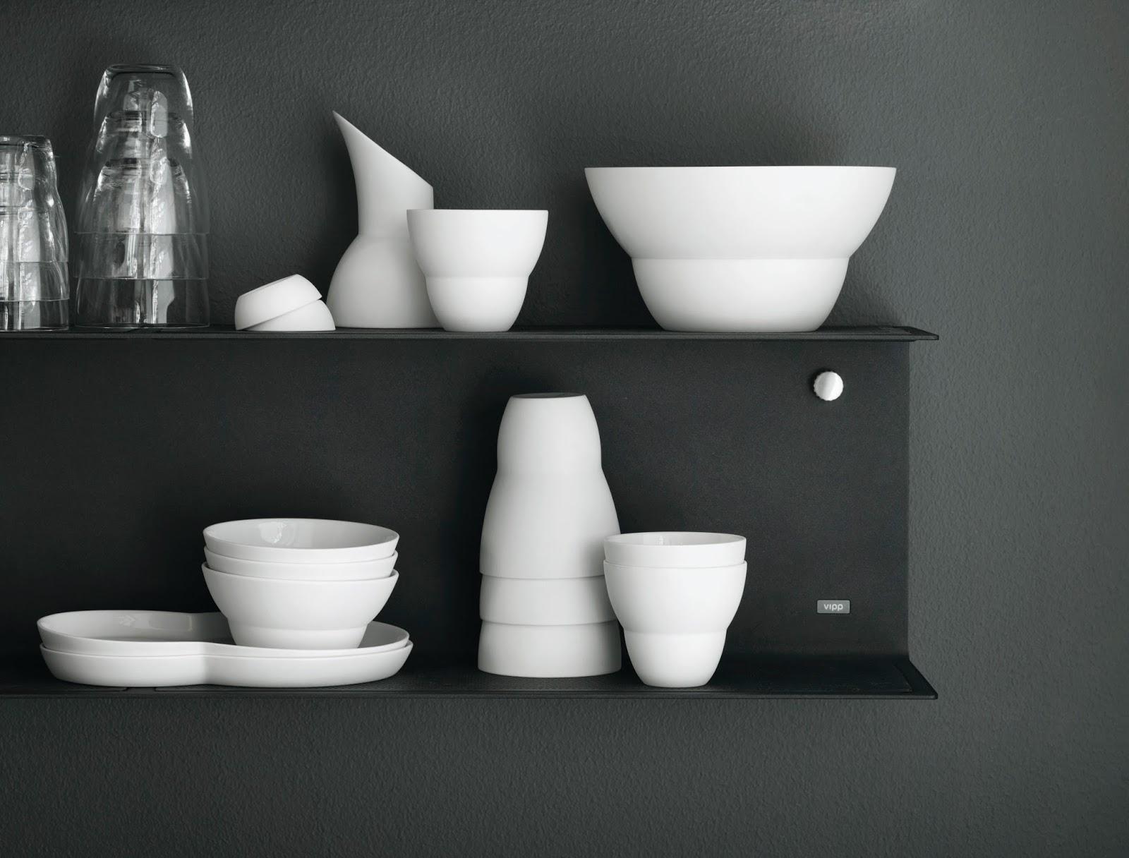 Zastawa kuchenna w kolorze białym