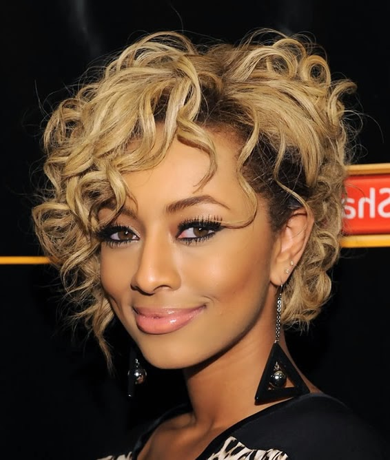 el pelo corto ondulado presenta muchas novedades y estilos peinados clsicos tranquilos o peinados originales y casuales la gama es amplia y novedosos with